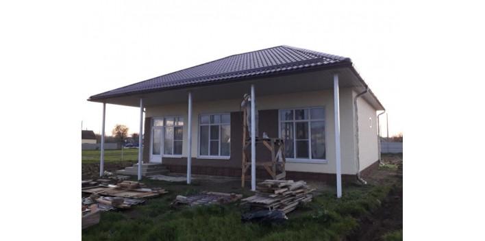 Одноэтажный жилой дом из пеноблоков