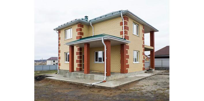 Двухэтажный жилой дом из пеноблоков на 154 кв.м.
