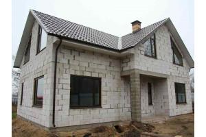 Строительство дома из пеноблоков: плюсы и минусы, примеры проектов